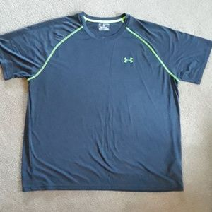Under Armour loose fit
